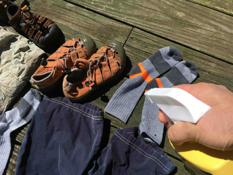 Permethrin Clothing Treatment A Diy Guide Super Mom Hacks