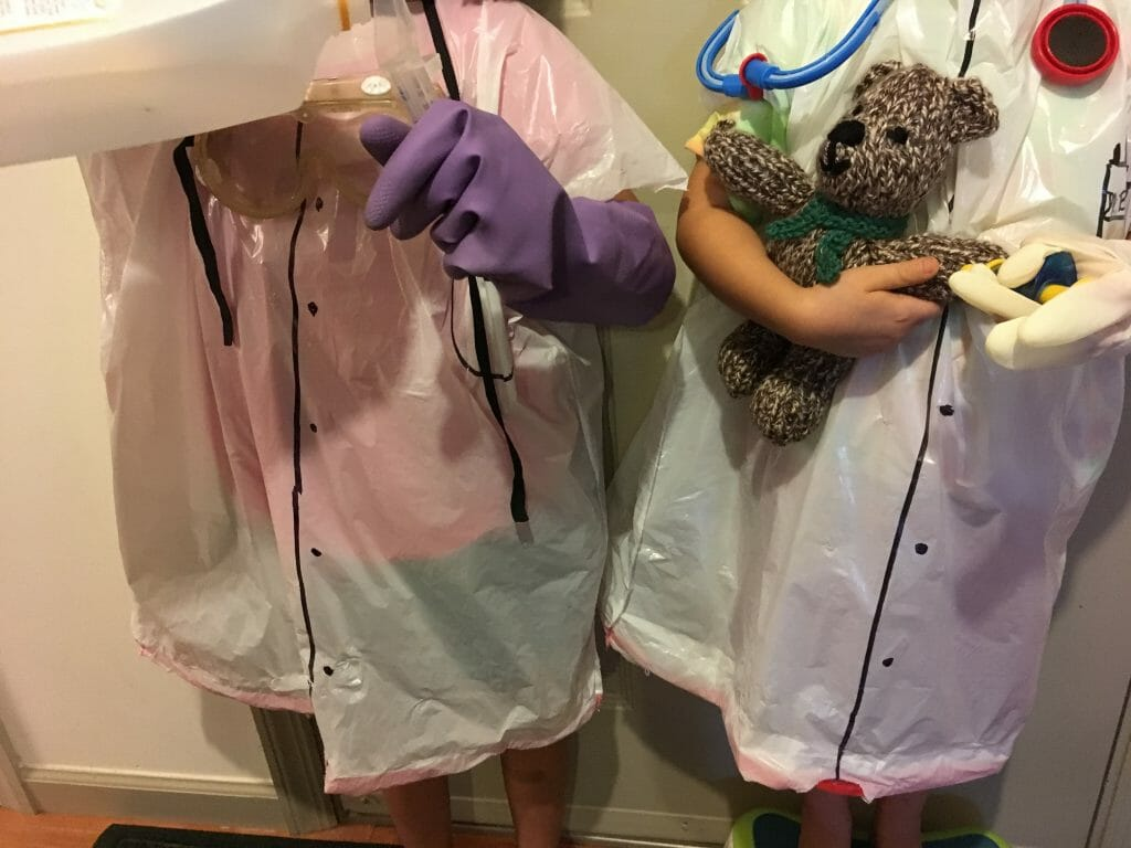 Want a Halloween outfit that takes almost no time to make and costs ZERO? This 15-minute costume will have your budding scientist, doctor, or vet covered.