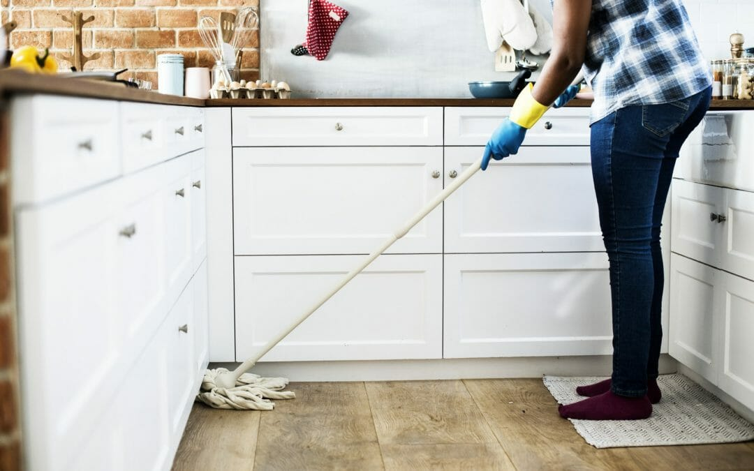 Incredible Cleaning Tricks For Busy Moms
