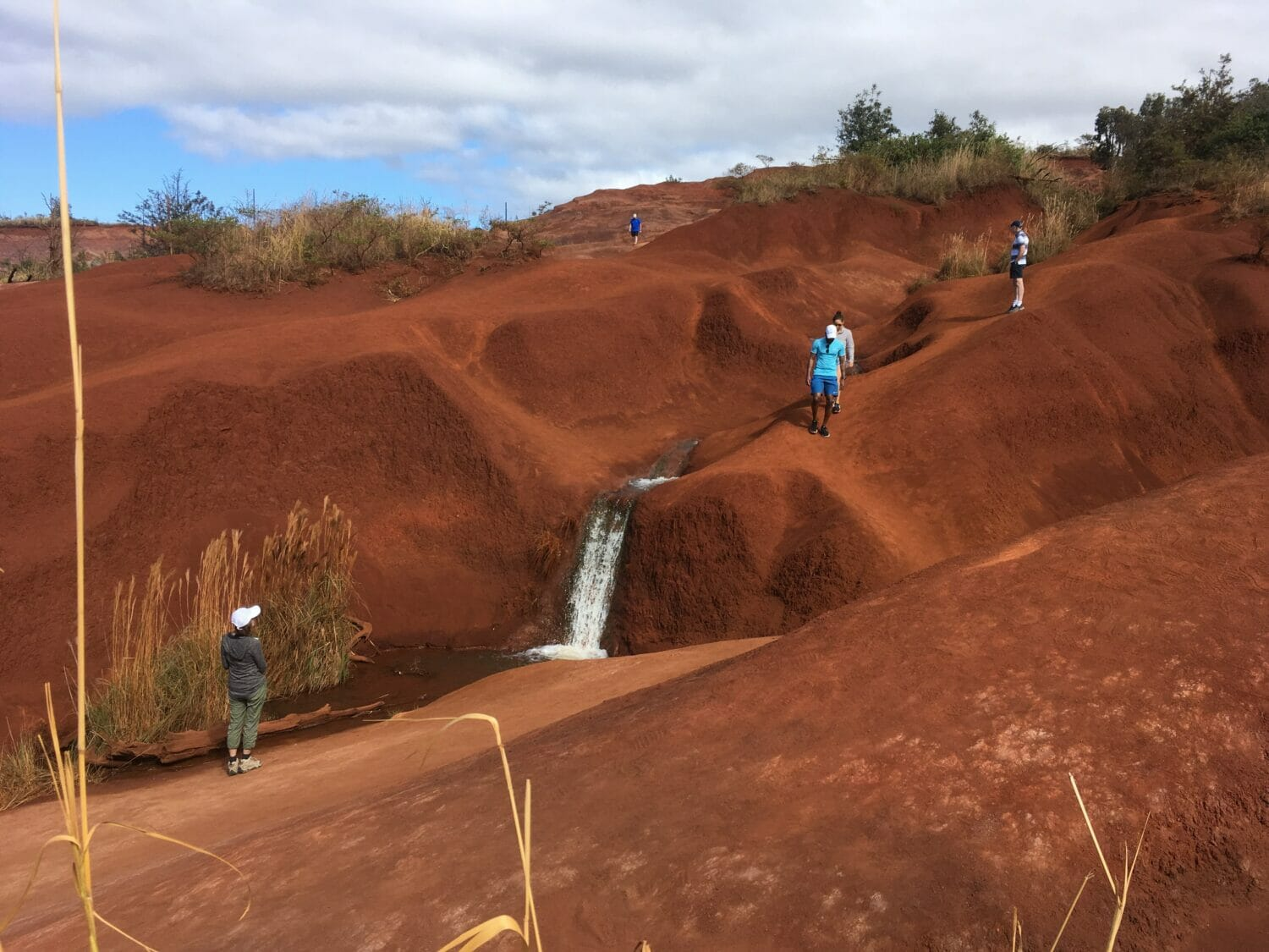Considering a trip to Kauai with your keiki (kids)? This list of fun things to do on Kauai with kids, based on our own travels, will get you set to go!