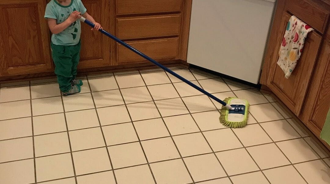 What Jobs Can Kids Do Cleaning House?