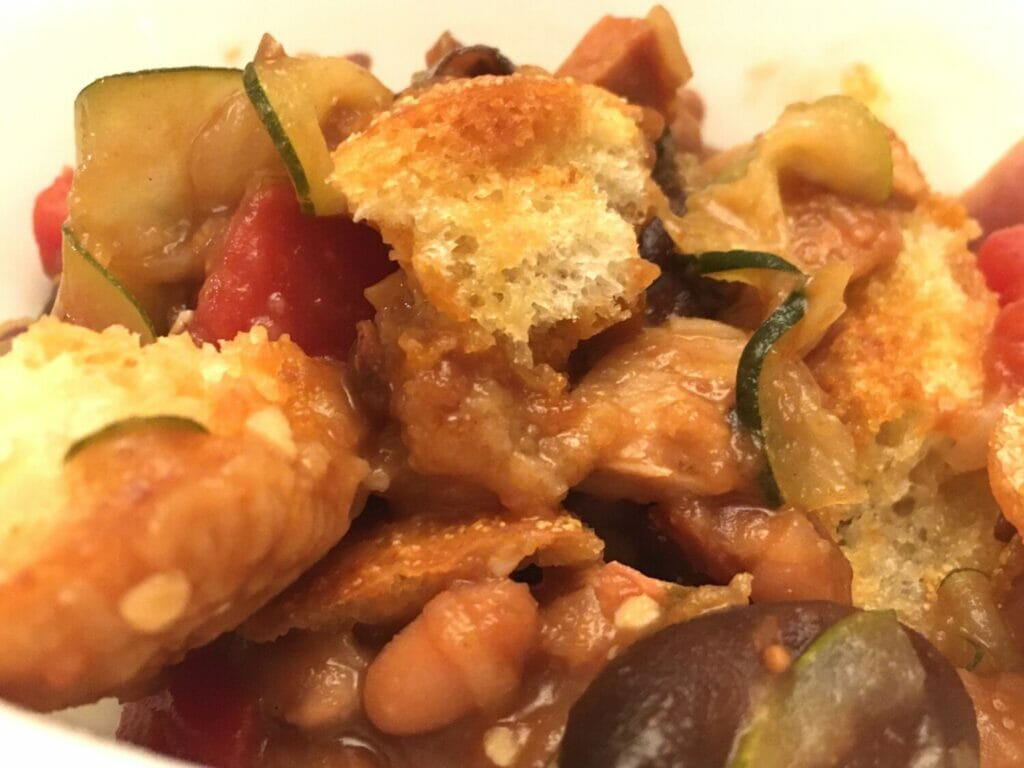 Looking for an easy, healthy weeknight meal that's ready in barely 30 minutes? This shortcut cassoulet recipe is our new favorite family dinner.